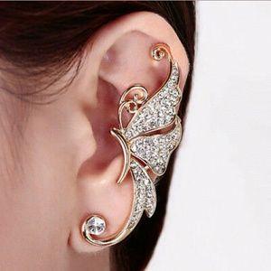 Jewelry - Show Stopping Rhinestone Butterfly Earring Cuff